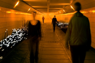 Dune 4.1_multiple people-Daan Roosegaarde